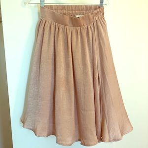 Knee Length, silky rose colored flowing skirt, S